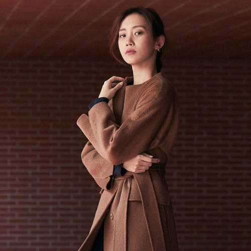 MINE with SHIN HYUN BEEN 2020 F/W 앨범 바로가기